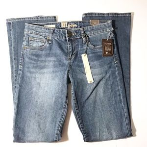 NWT kut from the kloth baby bootcut jeans size 4